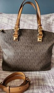 Michael Michael Kors md monogram jet set satchel